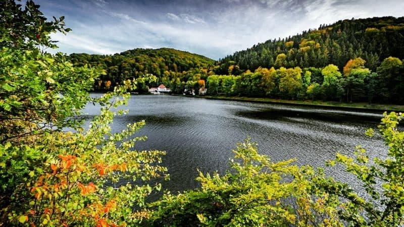 Hotel nad jeziorem w Polsce – moje propozycje
